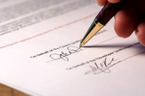 pen signing document.jpg.opt524x348o0,0s524x348